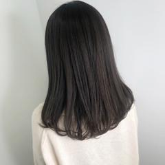 暗髪女子 グレージュ 透明感カラー ミルクティーグレージュ ヘアスタイルや髪型の写真・画像