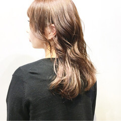 ショコラブラウン アッシュグレー グレージュ ミディアム ヘアスタイルや髪型の写真・画像