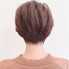ショート ミニボブ ショートヘア 前下がりショート ヘアスタイルや髪型の写真・画像