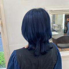 ミディアム ウルフカット ブルーブラック マッシュウルフ ヘアスタイルや髪型の写真・画像