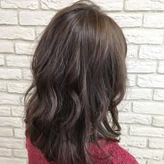 イルミナカラー 透明感 大人かわいい ナチュラル ヘアスタイルや髪型の写真・画像
