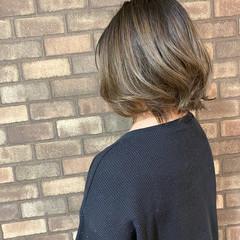 ブリーチ必須 イルミナカラー ボブ ベージュ ヘアスタイルや髪型の写真・画像