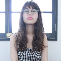 ピュア ナチュラル ロング アッシュ ヘアスタイルや髪型の写真・画像
