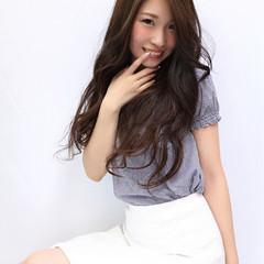 フェミニン 大人女子 レイヤーカット かっこいい ヘアスタイルや髪型の写真・画像