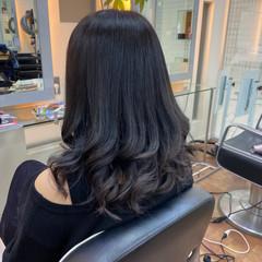 グラデーションカラー ピンクブラウン ナチュラル ダークトーン ヘアスタイルや髪型の写真・画像