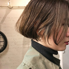 リラックス ボブ グレーアッシュ モード ヘアスタイルや髪型の写真・画像