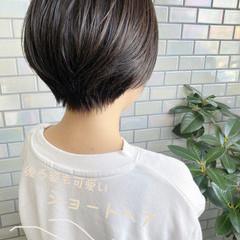 ベリーショート ナチュラル インナーカラー ショートヘア ヘアスタイルや髪型の写真・画像