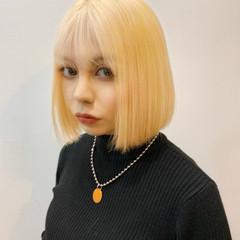 ハイトーンボブ ボブ ブリーチカラー ガーリー ヘアスタイルや髪型の写真・画像