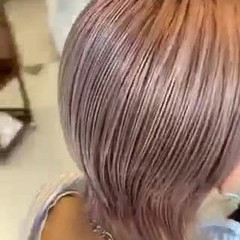 シルバーアッシュ ストリート ホワイトアッシュ ウルフカット ヘアスタイルや髪型の写真・画像
