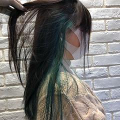 ガーリー オリーブ セミロング エメラルドグリーンカラー ヘアスタイルや髪型の写真・画像