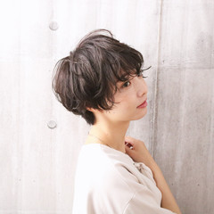 ショートボブ ナチュラル ショート 黒髪 ヘアスタイルや髪型の写真・画像