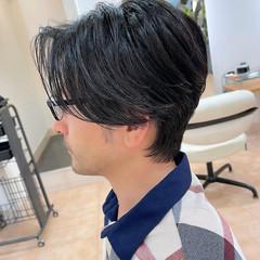 センターパート ナチュラル 韓国ヘア ツーブロック ヘアスタイルや髪型の写真・画像