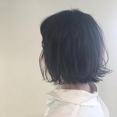 リラックス 黒髪 アッシュ ボブ ヘアスタイルや髪型の写真・画像