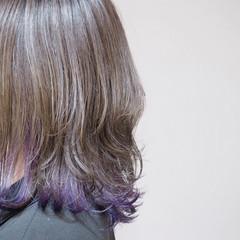 N.オイル ウルフカット インナーカラーパープル ミディアム ヘアスタイルや髪型の写真・画像