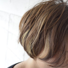 ショートボブ アッシュ ショート ハイライト ヘアスタイルや髪型の写真・画像