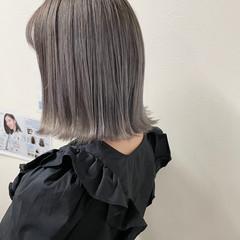 ショートヘア モード グレージュ アッシュグレージュ ヘアスタイルや髪型の写真・画像