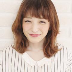 パーマ ハイトーン ミディアム ハイライト ヘアスタイルや髪型の写真・画像
