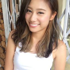 外国人風 ハイライト インナーカラー セミロング ヘアスタイルや髪型の写真・画像