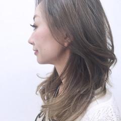 ナチュラル 外国人風 ロング ハイライト ヘアスタイルや髪型の写真・画像