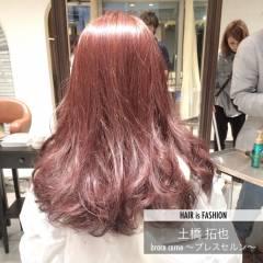フェミニン ロング ガーリー ピンク ヘアスタイルや髪型の写真・画像