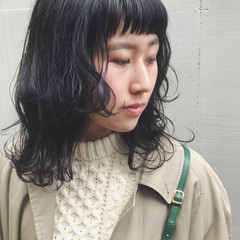 ナチュラル ウルフカット ミディアム アディクシーカラー ヘアスタイルや髪型の写真・画像