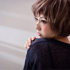 ガーリー 小顔 色気 ボブ ヘアスタイルや髪型の写真・画像
