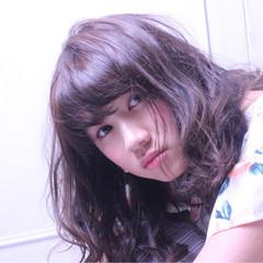 セミロング ガーリー フェミニン ゆるふわ ヘアスタイルや髪型の写真・画像