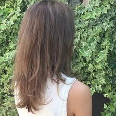 グレージュ セミロング ハイライト ヘアアレンジ ヘアスタイルや髪型の写真・画像