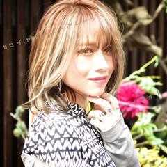 外国人風カラー ミルクティーグレージュ ボブ フェミニン ヘアスタイルや髪型の写真・画像