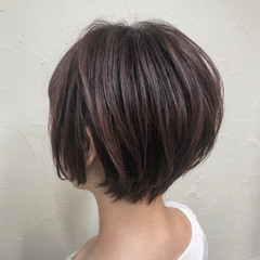ショート ショートボブ ミニボブ 秋ブラウン ヘアスタイルや髪型の写真・画像