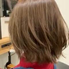 フェミニン デザインカラー ハイライト 極細ハイライト ヘアスタイルや髪型の写真・画像