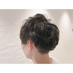 メンズヘア モード メンズパーマ メンズショート ヘアスタイルや髪型の写真・画像