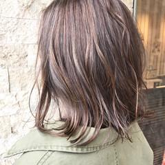 ボブ ラベンダーアッシュ ナチュラル ハイライト ヘアスタイルや髪型の写真・画像