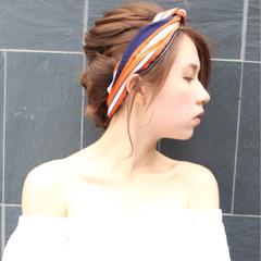 ヘアアレンジ 簡単ヘアアレンジ 透明感 リラックス ヘアスタイルや髪型の写真・画像