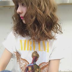 グラデーションカラー アッシュ ミディアム 外国人風 ヘアスタイルや髪型の写真・画像