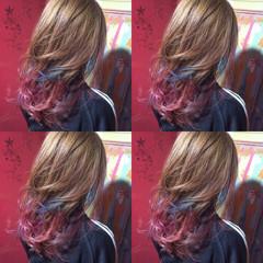 ハイトーン セミロング グラデーションカラー アッシュ ヘアスタイルや髪型の写真・画像