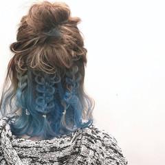 ハイライト ミディアム ブルー ヘアアレンジ ヘアスタイルや髪型の写真・画像