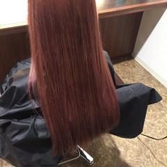 ロング レッド ナチュラル ベリーピンク ヘアスタイルや髪型の写真・画像