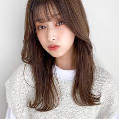 セミロング 韓国風ヘアー ブリーチなし モカベージュ ヘアスタイルや髪型の写真・画像