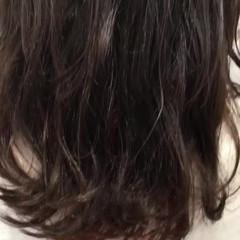 ナチュラル ハイライト ミディアム 大人ミディアム ヘアスタイルや髪型の写真・画像