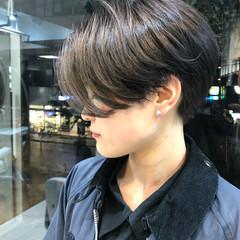ショートヘア ショートボブ グレージュ 簡単スタイリング ヘアスタイルや髪型の写真・画像