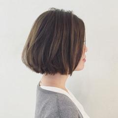 ウェットヘア 切りっぱなし イルミナカラー ストリート ヘアスタイルや髪型の写真・画像