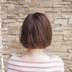 ハイライト リラックス ボブ ナチュラル ヘアスタイルや髪型の写真・画像