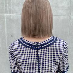 ハイトーンカラー ボブ 切りっぱなしボブ 韓国ヘア ヘアスタイルや髪型の写真・画像