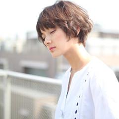 外国人風カラー ショート 耳かけ ヘアアレンジ ヘアスタイルや髪型の写真・画像