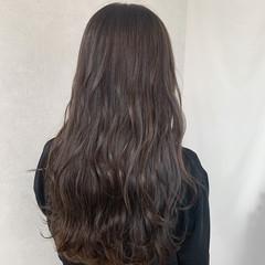 ショコラブラウン グレージュ アッシュグレージュ ロング ヘアスタイルや髪型の写真・画像