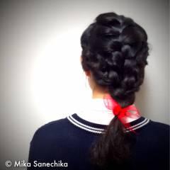 ガーリー 編み込み 三つ編み ヘアアレンジ ヘアスタイルや髪型の写真・画像