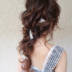 パーティー ナチュラル 編みおろし デート ヘアスタイルや髪型の写真・画像