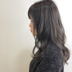 エレガント イルミナカラー ラベンダーグレージュ ミディアム ヘアスタイルや髪型の写真・画像