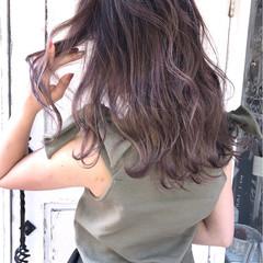 外国人風 ダブルカラー ストリート セミロング ヘアスタイルや髪型の写真・画像
